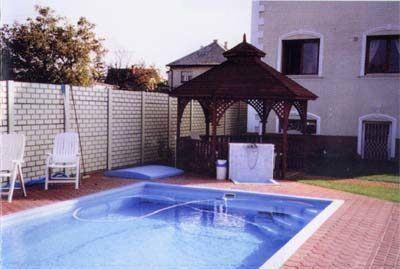 családi ház kerítés